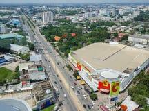 Korat Nakhon Ratchasima, Thailand - Juli 23, 2017: Antennen tävlar royaltyfri bild