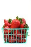 Korb der Erdbeeren Lizenzfreies Stockfoto