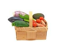 Korb des Gemüses und der Tomaten Lizenzfreie Stockfotos