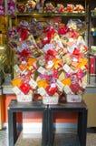 Korbgeschenk für Feier des Chinesischen Neujahrsfests Stockbild