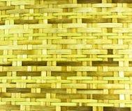 Korbwaren mit Bambus auf weißem Hintergrund Lizenzfreie Stockfotos