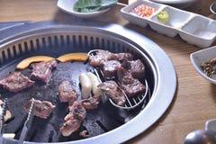 Koreańczyka BBQ grilla wołowiny chłodny surowy plasterek obraz stock