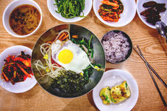 Koreański gość restauracji, set kilka naczynia z ryż, Obrazy Royalty Free