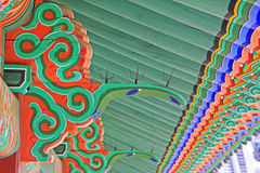 Korea-Dachbalken-hölzerne Malerei stockbild