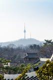 Koreaans architecturaal detail - kleinhandels van traditioneel dak Changde stock afbeelding