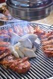 Koreaanse BBQ de plakbarbecue van de paddestoelkip stock afbeelding