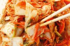 Koreaanse die Gimchi door mengelingsgroente wordt gemaakt Royalty-vrije Stock Afbeelding