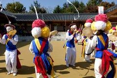 Koreaanse traditionele dans Royalty-vrije Stock Foto's