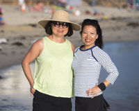 Koreaanse vrouwen op het strand Stock Foto