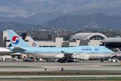 Korean Air Boeing 747 jumbo jet Stock Photography
