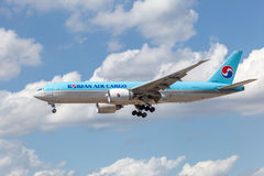 Korean Air Cargo Boeing 777F Royalty Free Stock Images