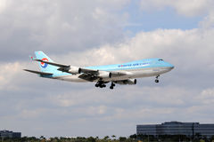 Korean Air Cargo jet landing Stock Photo