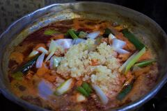 Korean bräserade kryddig feg Dak-bokkeum-skarp smak arkivbilder