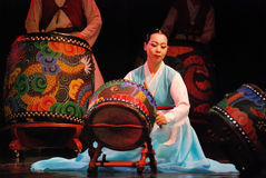 Korean female actress playing traditional drum Royalty Free Stock Photos