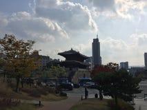 Korean som huset står bland arkivbilder