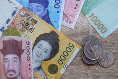 Free Korean Won Notes And Korean Won Coins For Money Concept Background Royalty Free Stock Photo - 186914655