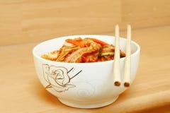 Koreaner Gimchi gemacht durch Mischungsgemüse Stockfotos