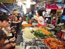 Koreansk matmarknad Arkivbild
