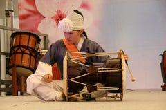 Koreansk percussionist royaltyfri fotografi