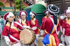 Koreanska fira Lotus Lantern Festival Arkivfoto