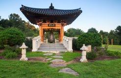 Koreanska Klocka Meadowlark Regional Park Virginia arkivfoton