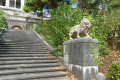 KOREIZ, CRIMEA, RUSSIA - SEPTEMBER 19.2014: Terracotta lion of the stairs in the Park Yusupov Palace Stock Images