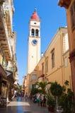 24 Korfu-AUGUSTUS: De de Kerkklokketoren van Heilige Spyridon in Kerkyra op 24,2014 Augustus op het Eiland Korfu, in Griekenland Royalty-vrije Stock Foto