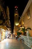 27 Korfu-AUGUSTUS: De Kerk van Heilige Spyridon bij nacht op 27,2014 Augustus op Eiland Korfu, Griekenland Stock Foto