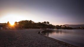 Korfu-Insel-Sonnenuntergang Gouvia-Strand, Griechenland stockbild