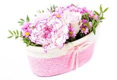 Korg av blommor Fotografering för Bildbyråer