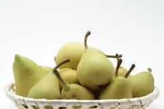 Korg av pears royaltyfria foton