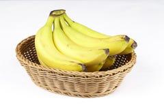 Korg av undantog bananer - Royaltyfria Foton