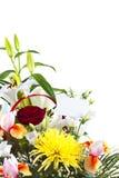 Korg med blommor för moder Royaltyfri Fotografi