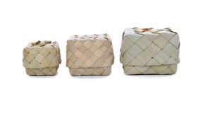 Korgbehållare för vide- ris eller för klibbiga ris som är th Arkivfoto