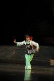 KorgdansJiangxi opera en besman Royaltyfria Foton