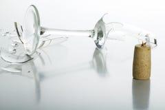 Kork och brutet exponeringsglas Arkivfoton