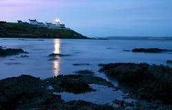 Korka Roches punktu latarnia morska przy świtem Fotografia Royalty Free