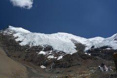 Is-korkat berg Arkivfoton