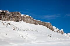 Korkat berg Ridge för snö Fotografering för Bildbyråer