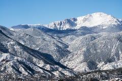 Korkat pikmaximum för snö Arkivfoton