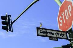 Korkenmann in Xantener Strasse in Berlin lizenzfreie stockfotografie