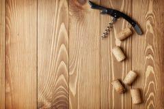 Korkskruv- och vinkorkar Fotografering för Bildbyråer