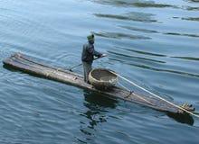 Kormoranfiske på den Li floden i Kina Arkivfoton