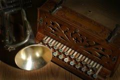 Kornet en accordian stock foto