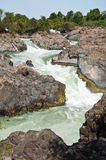 Kornpapeng Wasserfall bei Jampasak Stockbilder