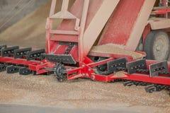 Kornspeicher, der Landwirtschaftsaufzug verarbeitet Stockfotografie
