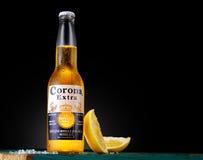 Korona słoneczna dodatek, jeden najlepiej sprzedający piwa na całym świecie zdjęcia stock