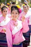 korowodów ubierający womans tradycjonalnie Obraz Stock