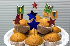 Korporacyjnego biura muffins na tle story Zdjęcia Stock