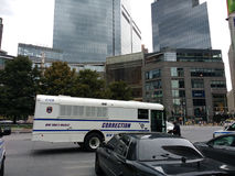 Korrektur, Korrekturabteilungs-Bus, Columbus Circle, NYC, NY, USA Stockbild